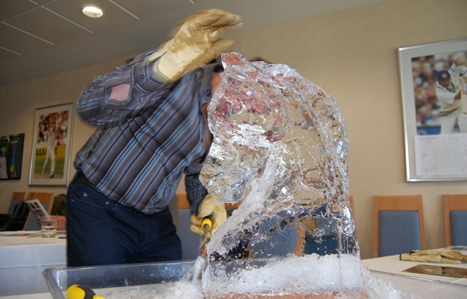 Ice Carving Team Building Activity 2