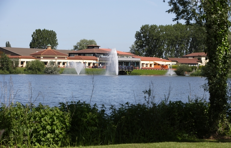 A picture of Wybsoton Lakes in Bedford