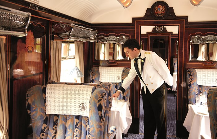 Luxurios carrige interior aboard the British Pullman